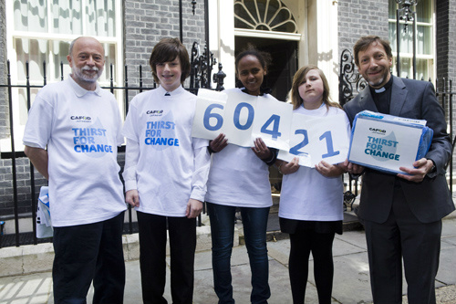 How To – Handover a petition to Downing Street
